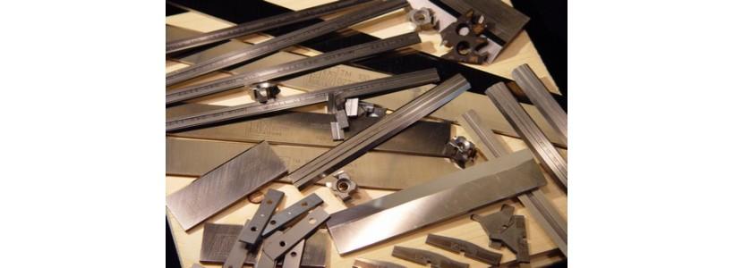 Ножи для деревообрабатывающих станков в ассортименте